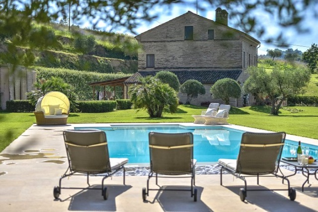 20150910105745Zeer Luxe Villa Voor 14p Met Pool Le Marche 35