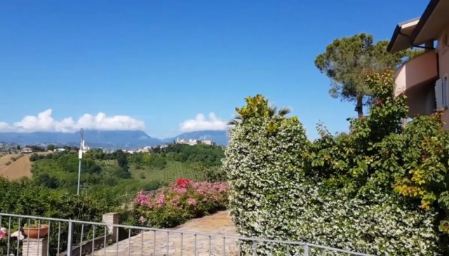 20180628103853Le Marche Abruzzo Appartementen Groot Zwembad Loopafstand Dorp 26