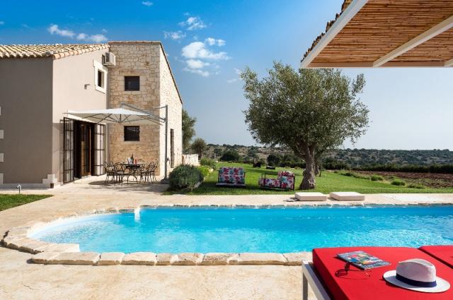 20190327114721Sicilie Moderne Vakantie Villa Met Prive Zwembad Ragusa 40