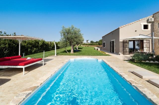 20190327114721Sicilie Moderne Vakantie Villa Met Prive Zwembad Ragusa 43
