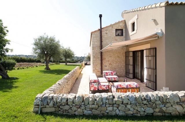 20190327114721Sicilie Moderne Vakantie Villa Met Prive Zwembad Ragusa 58