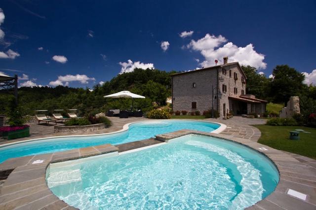 Appartementen Met Zwembad Bij Apecchio Le Marche 11