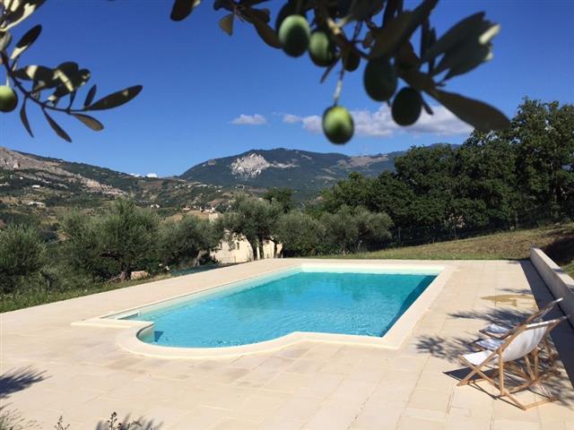 Huis Met Zwembad In Abruzzo 8