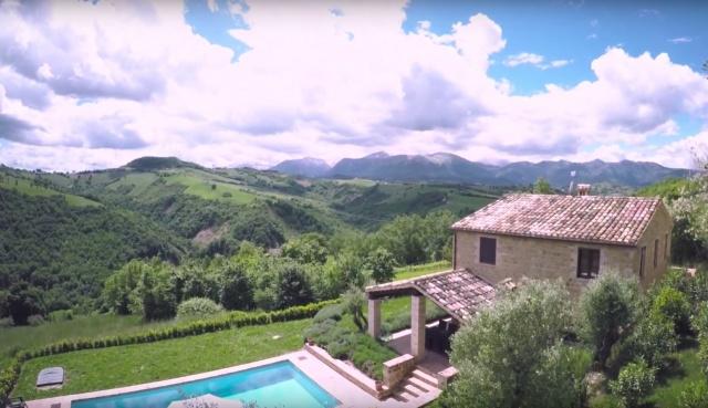 Le Marche Villa Met Zwembad Prachtige Ligging 9