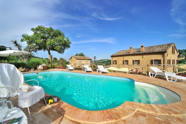 Luxe Design Villa Le  Marche 1