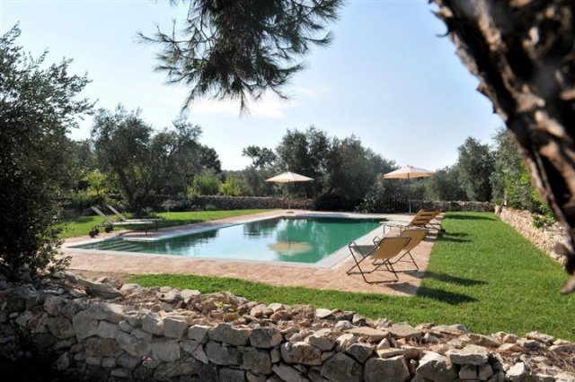 Luxe Trullo Met Zwembad Puglia 4