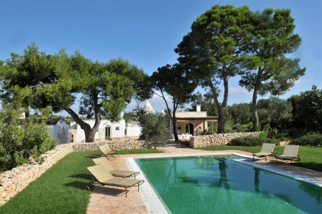 Luxe Trullo Met Zwembad Puglia 44