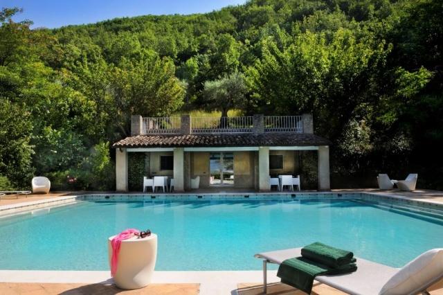 Luxe Grote Vrijstaande Villa Met Grootzwembad In Le Marche 1