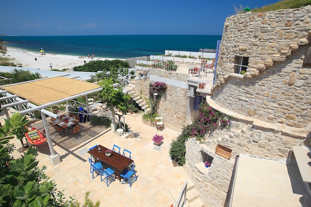 Luxe Trullo Aan Zee In Puglia 20