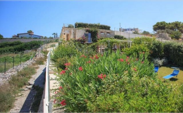 Luxe Trullo Aan Zee In Puglia 24