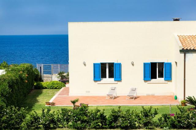 Oost Sicilie Villa Direct Aan Zee 8