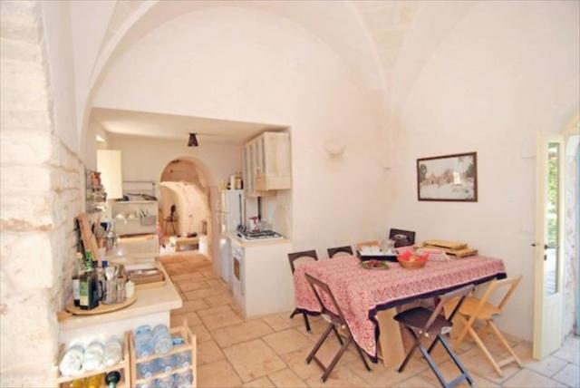 Originele Trullo Voor 8p Met Pool In Puglia 5
