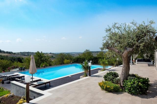Sicilie Moderne Villa Met Groot Zwembad 11