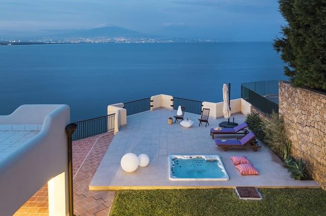 Sicilie Vakantie Villa Aan Zee Tussen Syracusa En Catania 2