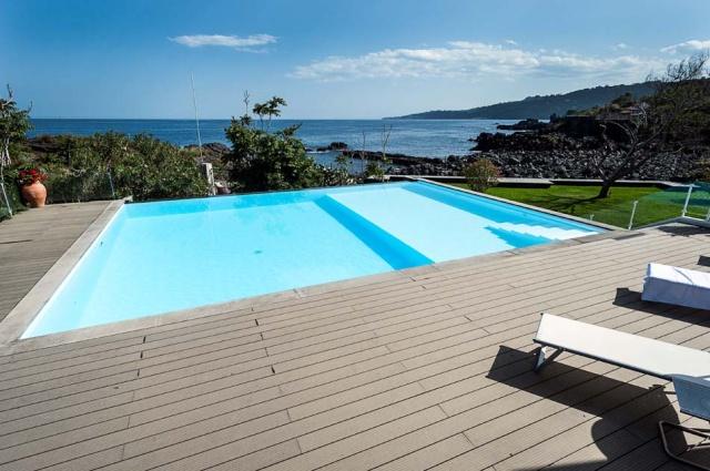 Sicilie Vakantieappartementen Met Zwembad Grote Tuin Direct Aan Zee 23