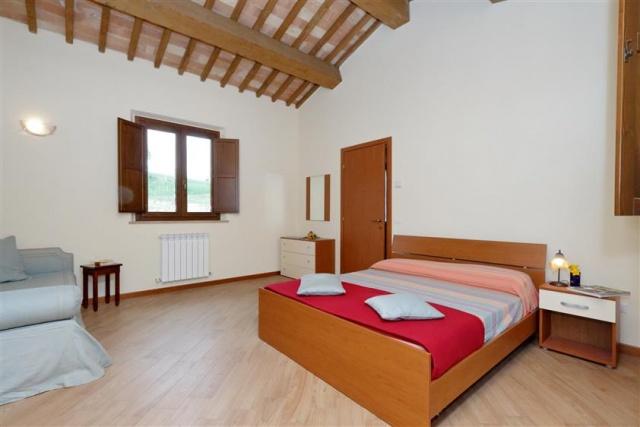 Villa Met 3 Appartementen Le Marche 20