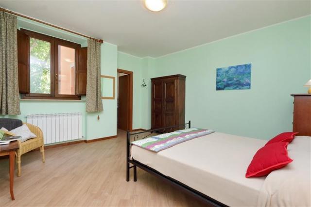 Villa Met 3 Appartementen Le Marche 24