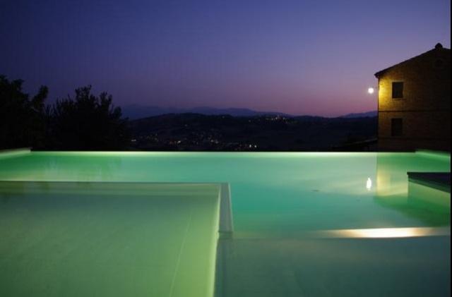 Villa Met Pool Loro Piceno Le Marche 3