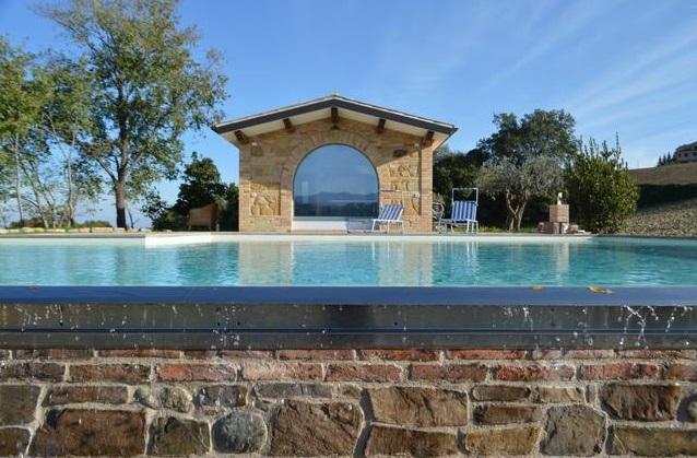 Villa Met Pool Loro Piceno Le Marche 5