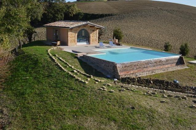 Villa Met Pool Loro Piceno Le Marche 6