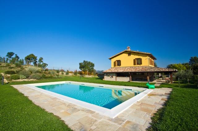 Villa Met Zwembad Voor 12 Noord Le Marche 32