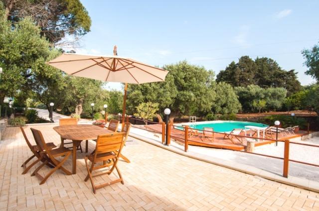 Villa Met Trullo Voor 6p Met Zwembad In Puglia 2
