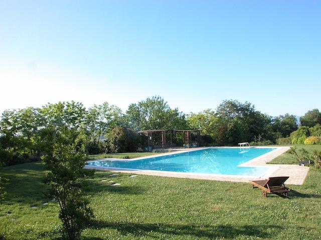 Agriturismo Abruzzo Met Groot Zwembad Op Mooie Locatie 1b