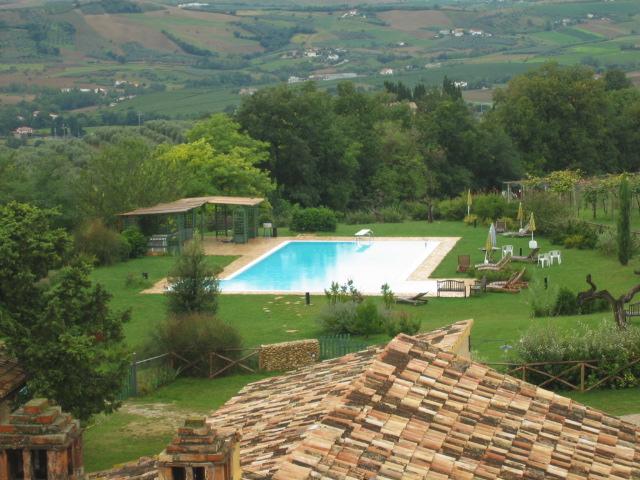 Agriturismo Abruzzo Met Groot Zwembad Op Mooie Locatie 1d