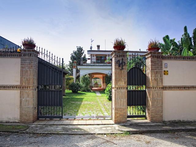 Calabrie Luxe Historische Villa Met Zwembad 4
