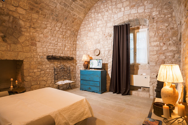 Conversano Luxe Masseria Met Prive Zwembad Puglia 25