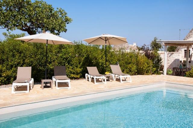 Kleine Trullo Voor 4p Met Pool Bij Locorotondo In Puglia 4