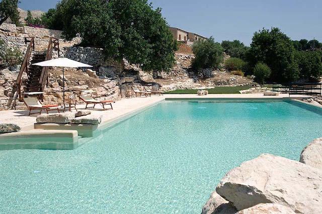 Landgoed Vakantie Accommodatie Ragus Met Gedeeld Zwembad 1