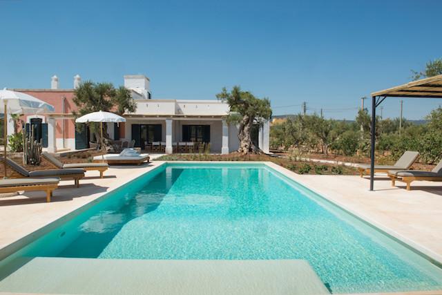 Masseria Puglia Met Zwembad Vlakbij De Kust 1