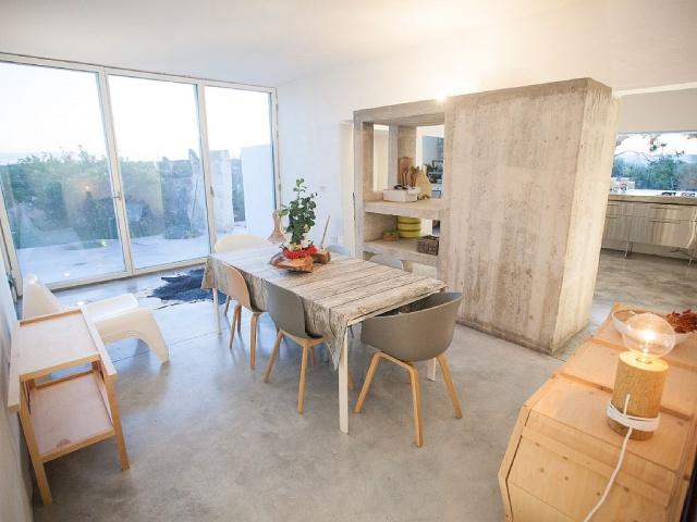 Moderne Villa Met Zwembad En Zeezicht In Puglia 14