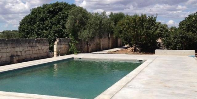Moderne Villa Met Zwembad En Zeezicht In Puglia 1b