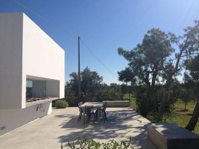 Moderne Villa Met Zwembad En Zeezicht In Puglia 5