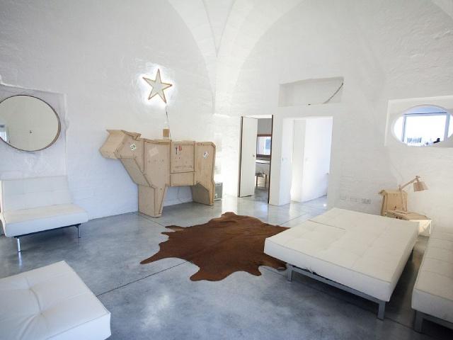 Moderne Villa Met Zwembad En Zeezicht In Puglia 8