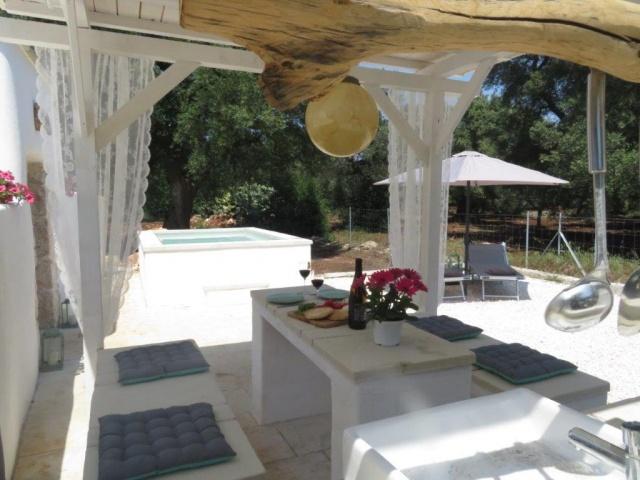 Romantische Trullo Met Klein Zwembad En Gazebo 18