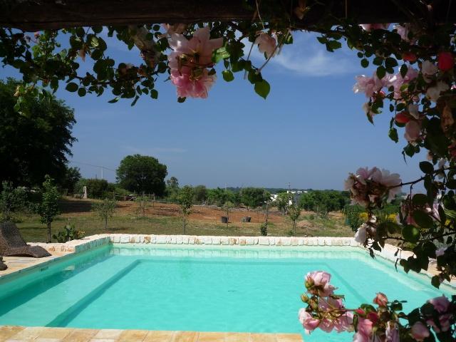 Trulli En Lamie Met Gedeeld Zwembad Istria Vallei Puglia Zuid Italie 1