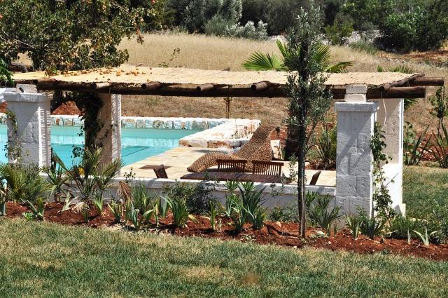 Trullo Complex Met Lamie En Gedeeld Zwembad Itria Vallei Puglia Zuid Italie 1