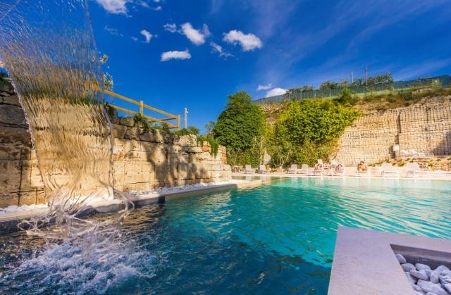 Vakantiepark In Salento Lecce Met Groot Zwembad 02