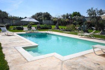 Puglia-vrijstaande-villa-8-km-van-zee-10